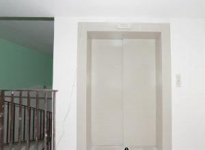 Иркутск, Полины Осипенко 13 - лифт