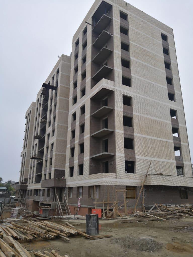 """Блок-секция 2 ЖК """"Квадрум"""" в процессе строительства"""